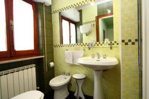 Camera 1 bagno 1