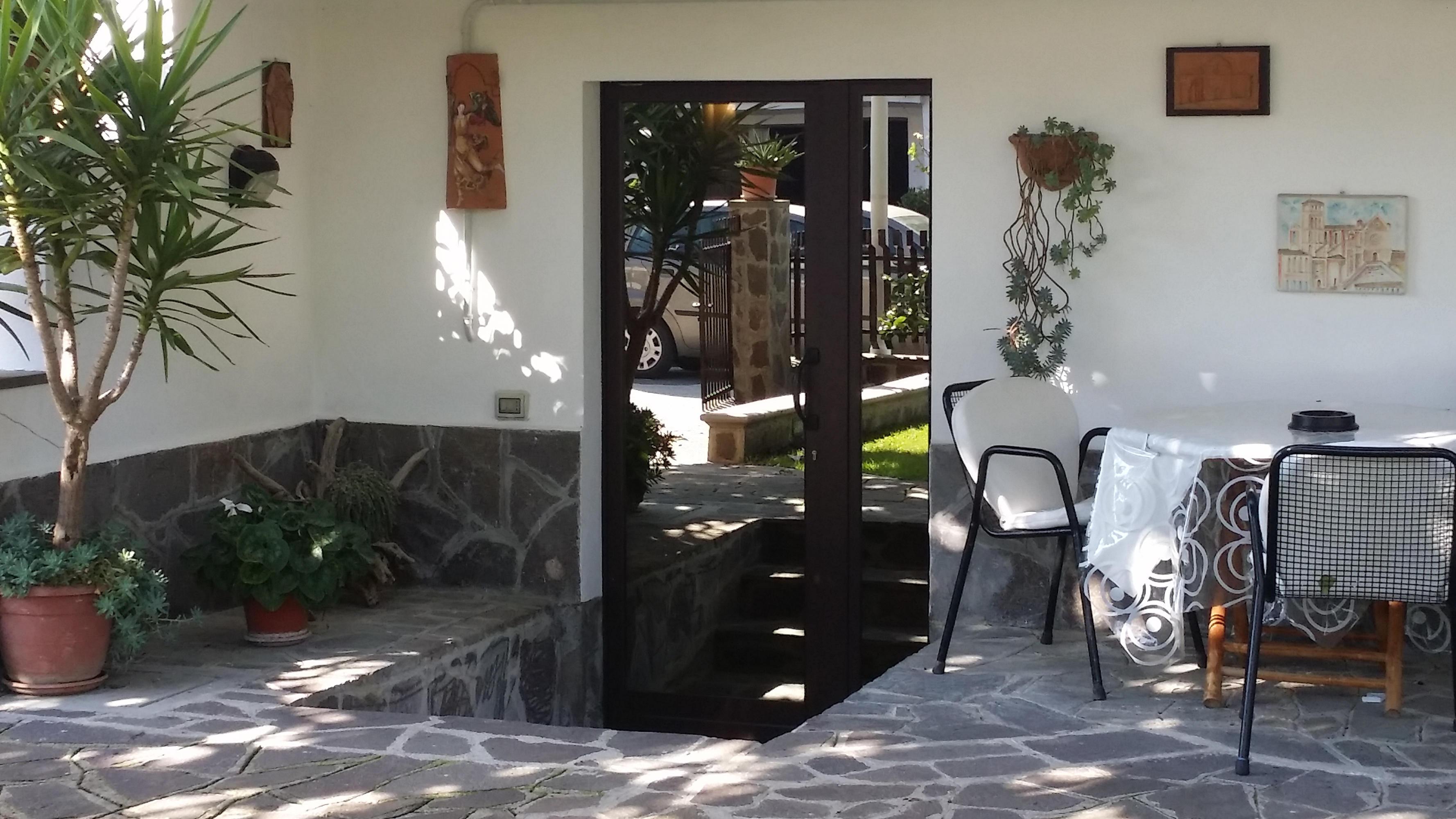 Francesco in assisi bed breakfast e appartamenti for Idee piano terra